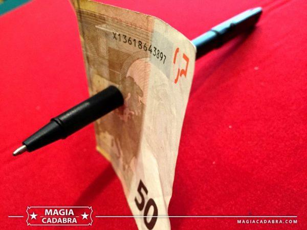 Bolígrafo penetracion - Magia Cadabra