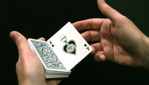 Lee más sobre el artículo El cuidado de tus manos cuando eres mago